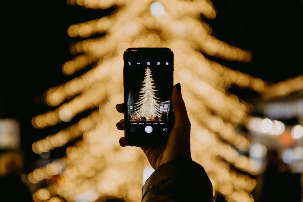 Top Christmas Hashtags 2021 The Best Christmas Hashtags For Instagram 2020